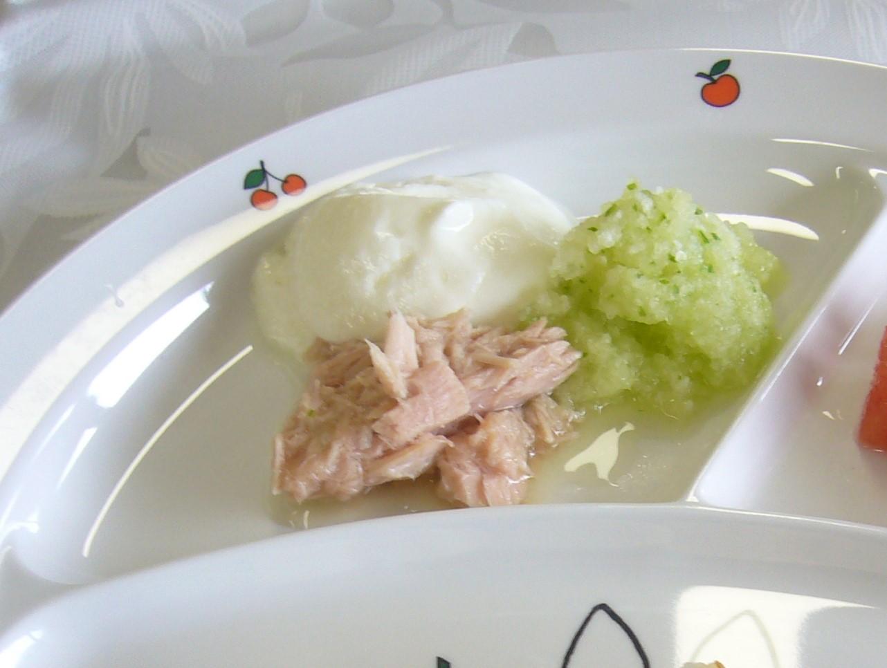 離乳食 ツナときゅうりのサラダ(9か月から11か月頃)