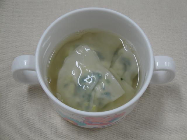 ぎょうざのスープ煮(12か月から18か月頃)