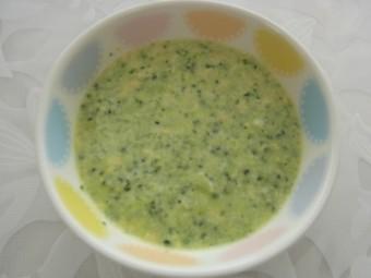 離乳食 ブロッコリーと卵のクリーム煮(9か月から11か月頃)