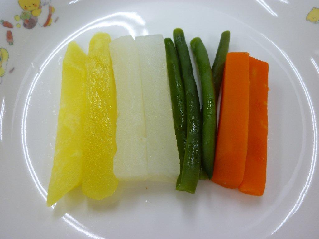 離乳食  ゆで野菜 (9か月から11か月頃)