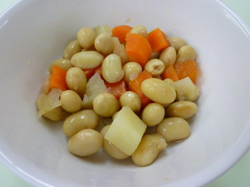 離乳食 ゆで大豆と野菜の煮物(12か月から18か月頃)